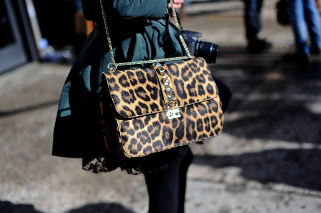 nyfw-fall-2013-streetstyle-accessories-leopard-valentino